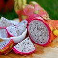 dragon-fruit-idiotites-kai-thermides